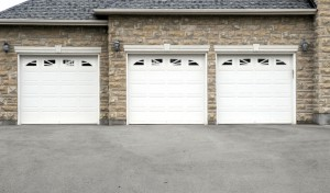 Overhead Doors in Barrie, Ontario