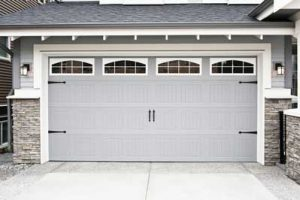 Garage Door Repair/Installation in Barrie, Ontario